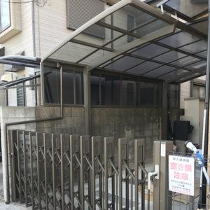 戸建リフォーム 大阪府茨木市 M様邸 台風被害によるカーポートのポリカ屋根破損改修工事