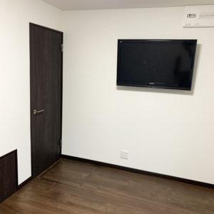 戸建てリフォーム 大阪府東大阪市 K様邸 掃除が大変な塗り壁からクロス貼りへ