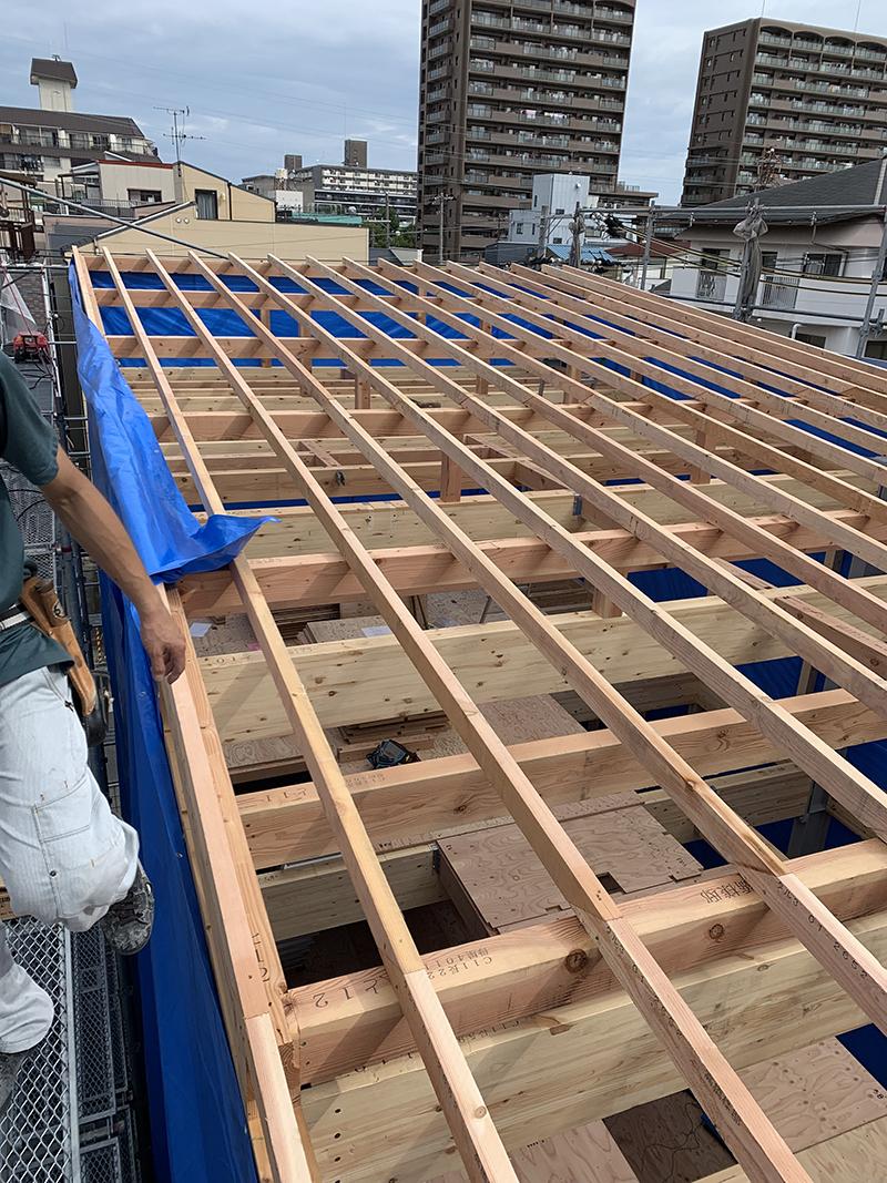 屋根まで上棟