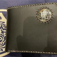 【大工の日常】下田くんのオーダーメイド財布 ~ 日向ハウス社員のゆるゆるな時間